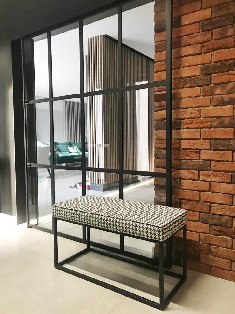 Stalen Schuifdeur Zwart In Industrieel Design Met Brickwall